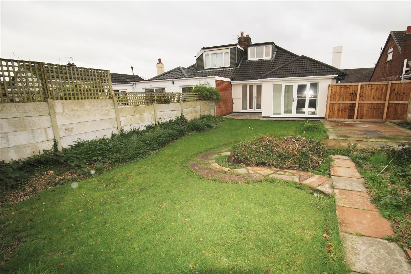 2 Bedrooms, Bungalow - Semi Detached, Cranwell Close, Liverpool